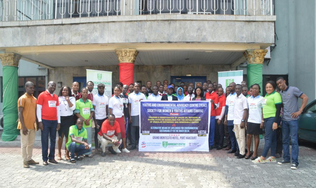 (Cross Section of participants at the training in group photograph)